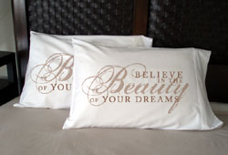 Faceplant Dreams - Believe In The Beauty Of Your Dreams Pillowcases